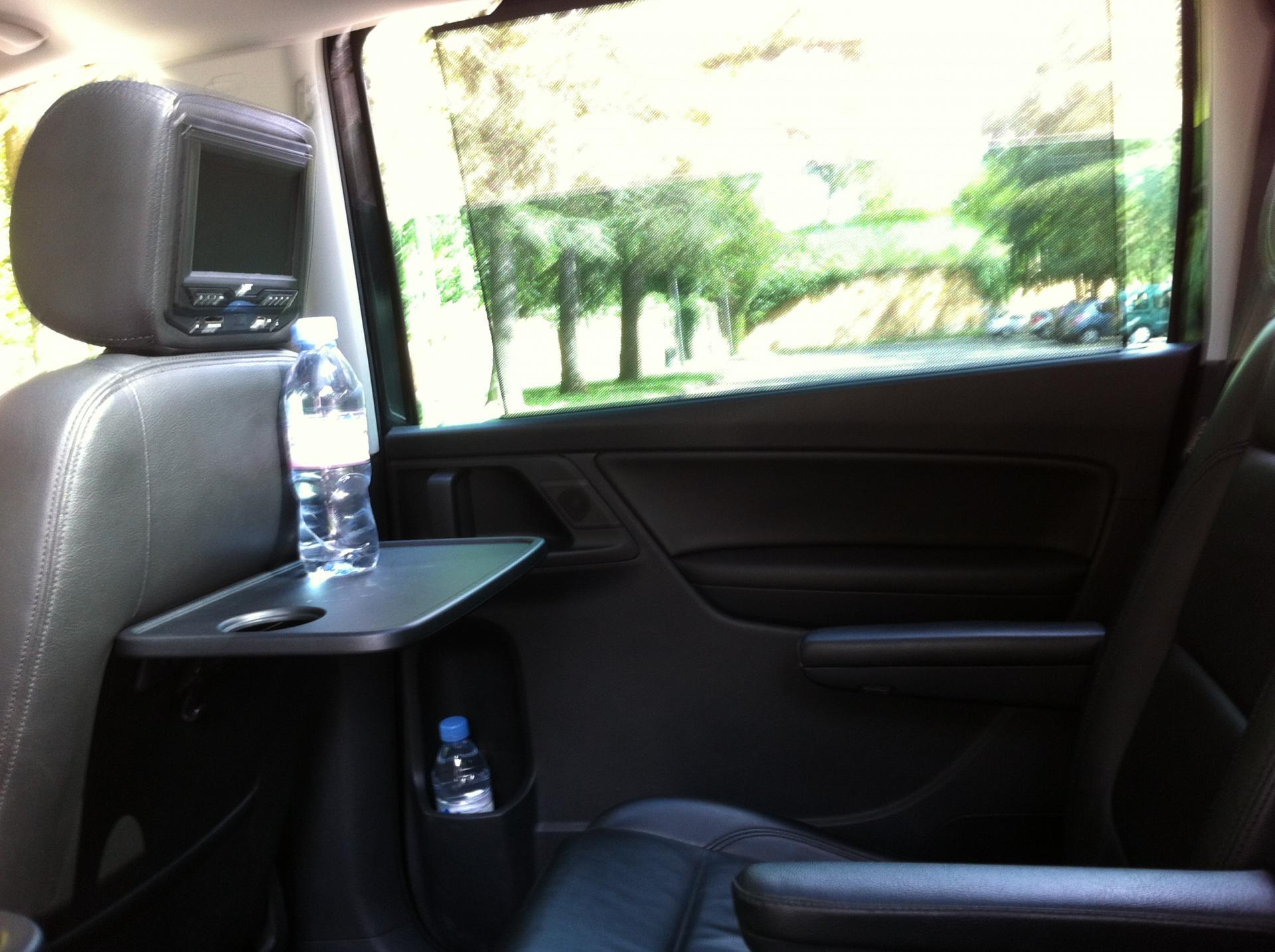 location de v hicule avec chauffeur lyon tel 06 19 88 81 29 marcy l 39 etoile a roport de lyon. Black Bedroom Furniture Sets. Home Design Ideas